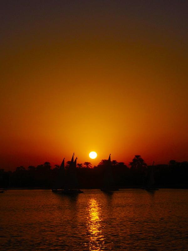 Golden hour sul Nilo
