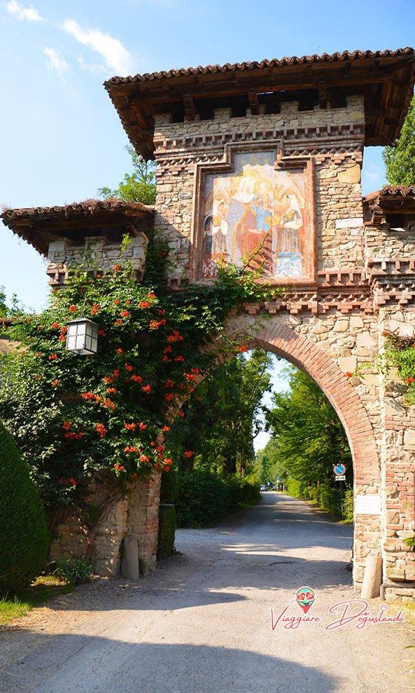 Grazzano Visconti ingresso